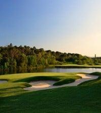 PGA Catalunya Resort stadium (hoyo 11)