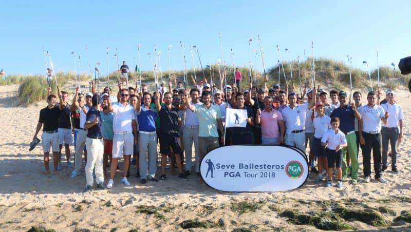 Seve Ballesteros PGA Tour 2018 en playa de Somo en homenaje a Seve Ballesteros con sus hijos Javier Seve Miguel Seve